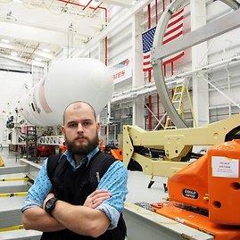 """NASA nuotr./""""TV3 Žinių"""" korespondentas raketų bazėje"""