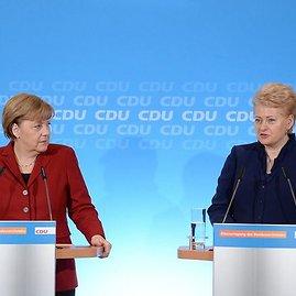 Prezidentūros nuotr./Angela Merkel ir Dalia Grybauskaitė
