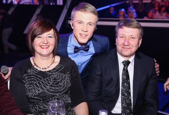 Luko Balandžio/Žmonės.lt nuotr./Paulius Bagdanavičius ir tėvais