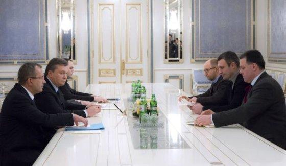 Ukrainos prezidento V.Janukovyčiaus ir opozicijos susitikimas