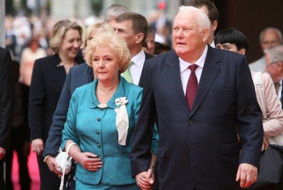 Juliaus Kalinsko/15min.lt nuotr./Algirdas Brazauskas su žmona Kristina