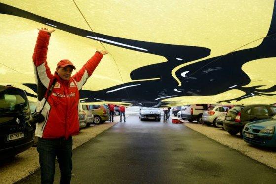 Michaelio Schumacherio gerbėjai prie Grenoblio ligoninės