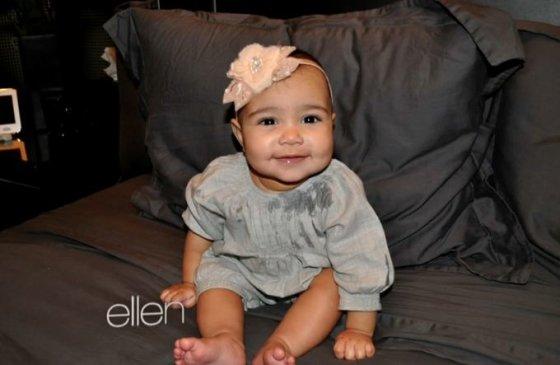 "Kadras iš ""Youtube""/Kim Kardashian ir Kanye Westo dukra North"