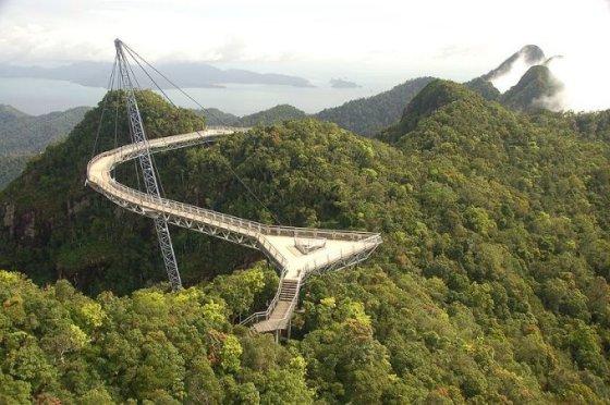 Wikimedia.org nuotr. /Langkawi dangaus tiltas Malaizijoje