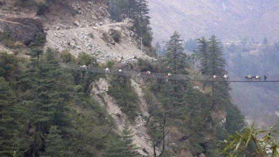 Wikimedia.org nuotr. /Ghasa tiltas Nepale