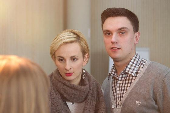 Viganto Ovadnevo/Žmonės.lt nuotr./Adomas Norkūnas su žmona Ieva