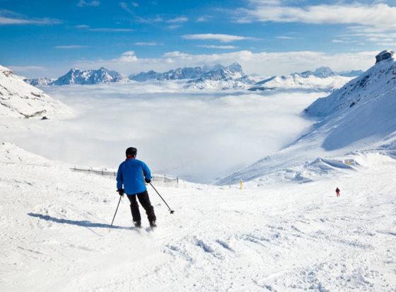 Shutterstock nuotr. / Kortina d' Ampecas slidinėjimo kurortas Alpių regione.