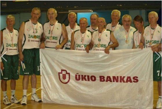 """""""Žalgirio"""" veteranai. G.Budnikas – antras iš kairės"""