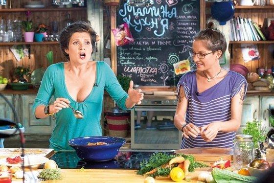 """TV8 nuotr./Kadrs iš kulinarinį šou """"Atvira virtuvė"""""""