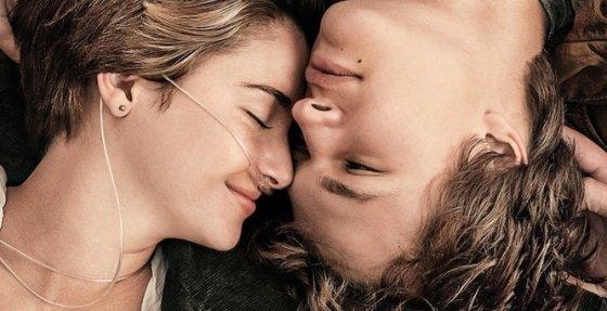 """Kino naujienų nuotr./Shailene Woodley filme """"Dėl mūsų likimo ir žvaigždės kaltos"""""""