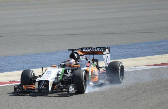 """Reuters""/""Scanpix"" nuotr./F-1 bandymai Bahreine"