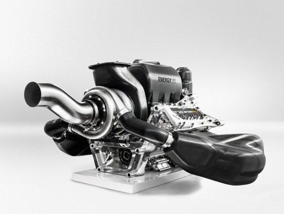 """""""Renault"""" nuotr./""""Renault F-1"""" variklis"""