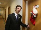 Irmanto Gelūno/15min.lt nuotr./Antanas Nedzinskas prie savo kabineto durų