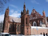 """Juliaus Kalinsko/""""15 minučių"""" nuotr./Šv. Onos bažnyčią planuojama rekonstruoti iki 2011 metų."""