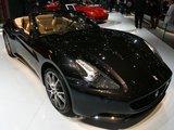 """AFP/""""Scanpix"""" nuotr./""""Ferrari California"""" automobilis pasaulio rinkai buvo pristatytas pernai."""