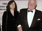 """""""Reuters""""/""""Scanpix"""" nuotr./E.Kennedy su žmona Victoria"""