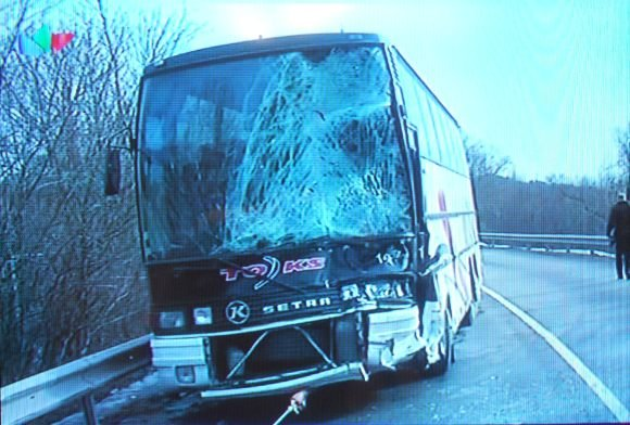 LNK žinių stop kadras/Į avariją pakliuvęs autobusas