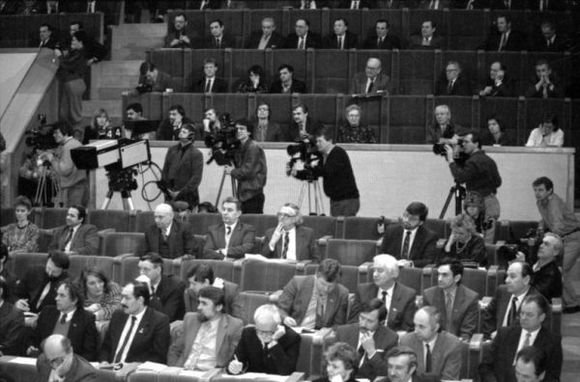 Seimo archyvo/ Algirdo Sabaliausko, Pauliaus Lileikio, Jono Juknevičiaus nuotr./Members of the Supreme Council
