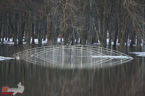 Mato Jakniūno/Mxnews.lt nuotr./Potvynio padariniai Panevėžyje