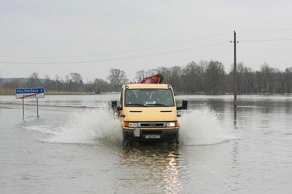 MXnews.lt nuotr. /Potvynio padariniai Panevėžyje