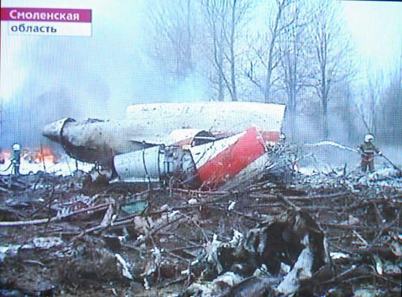 1-ojo kanalo stop kadras/Lenkijos prezidento lėktuvo katastrofa