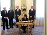 Alfredo Pliadžio nuotr./Atsisveikinimas Prezidentūroje su L.Kaczynskiu