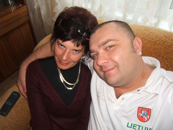 Asmeninio albumo nuotr./Eugenijus Ostapenko su drauge Jolanta