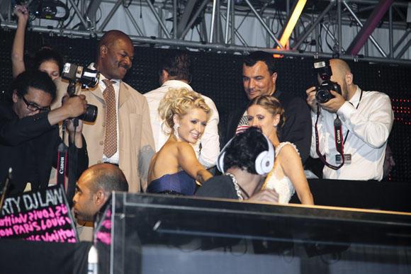 Marina Daščenka džiaugėsi iš arti pamačiusi Paris Hilton.