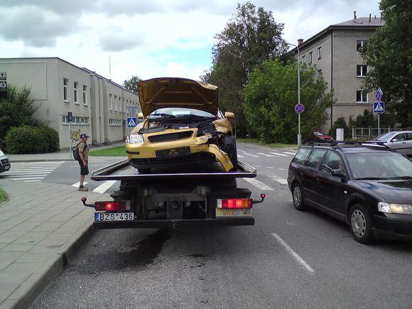 Sauliaus Chadasevičiaus/15min.lt nuotr./Kaunietis vairuotojas prasitarė, kad aį 2007 metų laidos Audi automobilį įsigijo vos priea mėnesį.
