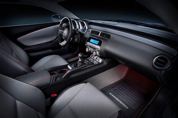 Gamintojo nuotr./SEMA premjera  Camaro Synergy
