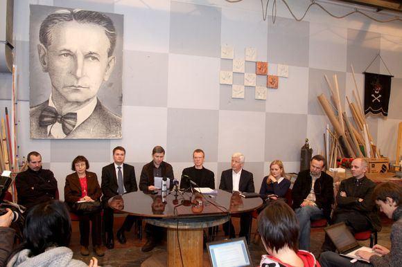 Irmanto Gelūno/15min.lt nuotr./Lietuvos nacionaliniame dramos teatre Meno taryba prisistatė žiniasklaidai ir teatro darbuotojams
