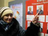 M.Nastaravičiaus nuotr./Minske gyvenanti Galina sako, kad balsuodami už A.Lukašenką žmonės užsitikrina savo šeimos ateitį.