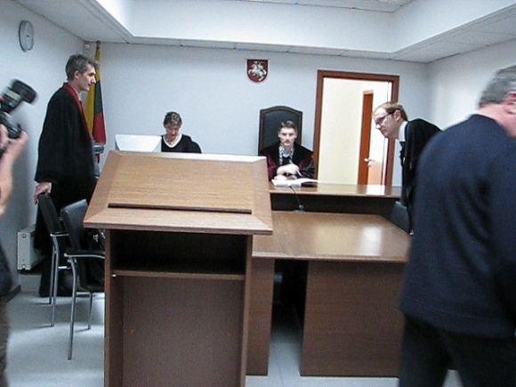 15min.lt nuotr./Teisėjas O.`ibkovas paskelbė nuosprendį
