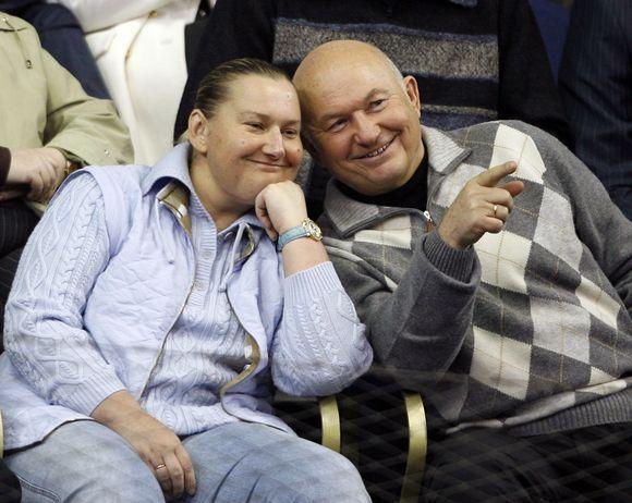 """""""Reuters""""/""""Scanpix"""" nuotr./Jelena Baturina ir Jurijus Lužkovas"""