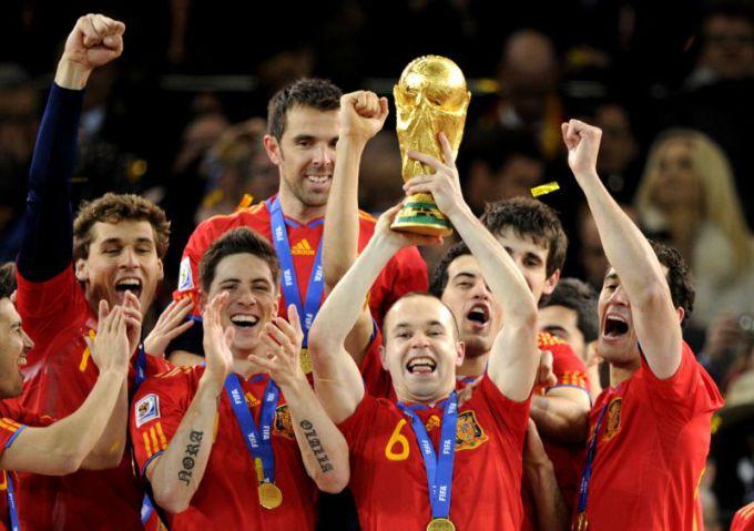 Ispanijos futbolo rinktinė - dabartinė pasaulio čempionė.