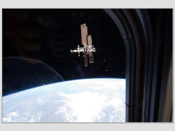 Reuters/Scanpix nuotr./Atlantis grįžta į Žemę
