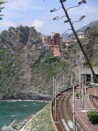 sxc.hu nuotr./Traukiniais Italijoje galima apvažiuoti visas gražiausias aalies vietas.