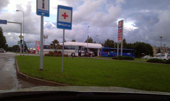 Donato Večerskio nuotr./Autobuso ir taksi automobilio avarija Palangoje.