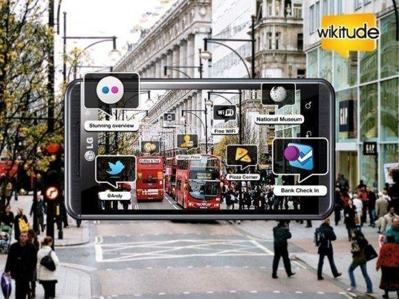 Wikitude 3D nuotr./Per iamaniojo telefono ekrano galima pamatyti papildytą realybę