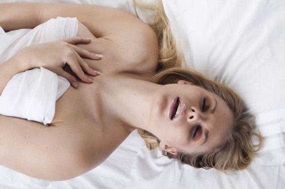 30-летние женщины предпочитают секс на первом свидании KOMENTARAI.