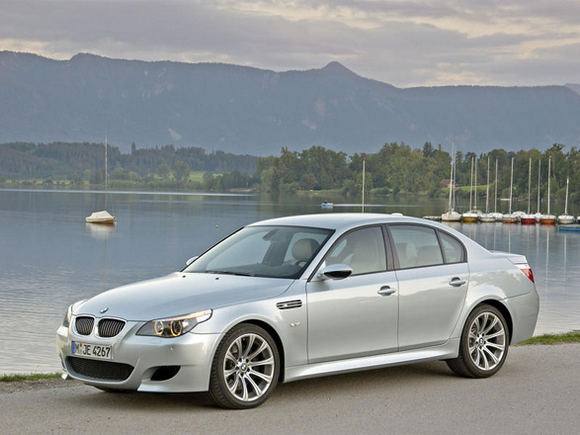Gamintojo nuotr./BMW M5 E60