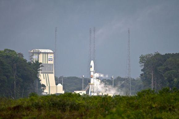 """Soyuz"" raketos pakilimo akimirka"
