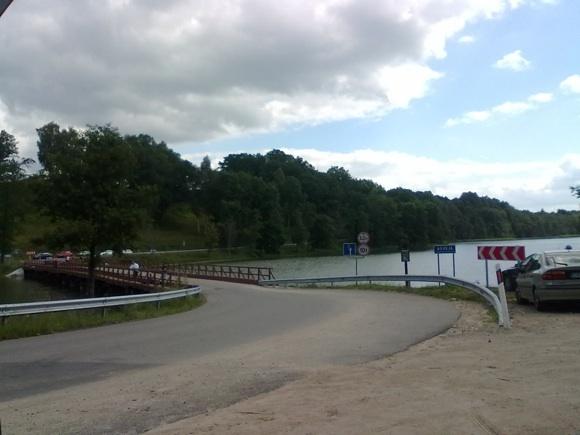 Gintaro nuotr. /Tiltas per Asveją