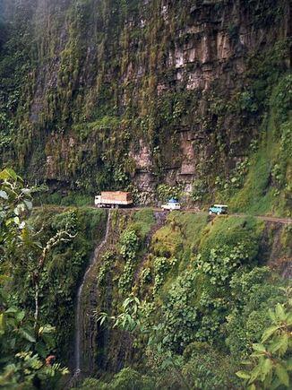 """wikimedia.org nuotr./""""Mirties kelyje"""" mirtis išties kiekvienam keliautojui seka iš paskos."""