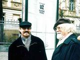A.Rakausko nuotr./Vienas – į literatūrą, kitas – į muziką. Su broliu Marcelijumi, 1996 m.