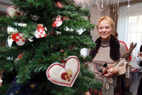 Irmanto Gelūno/15min.lt nuotr./Tarptautinės Kalėdų labdaros mugės pristatymas.