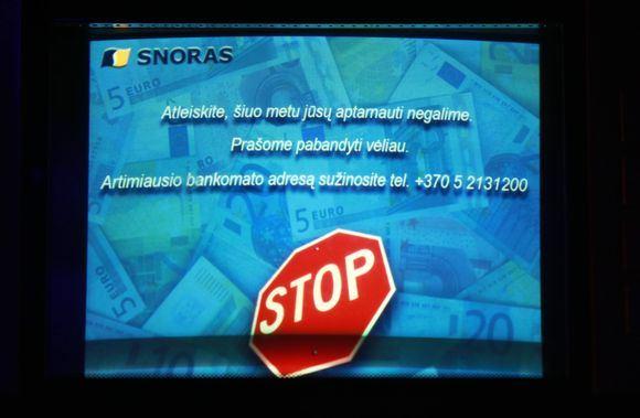 Irmanto Gelūno/15min.lt nuotr./Bankomato ekranas