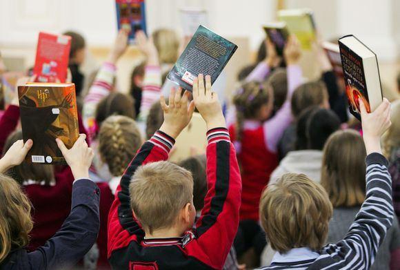 Tomo Lukaio nuotr./Vaikai su knygomis