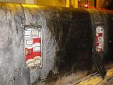 VMT nuotr./Raigarde sulaikytas automobilis, kurio degalų bakuose buvo rastos kontrabandinės cigaretės.