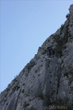 MM alpinistų nuotr./Saulė valo mararutą